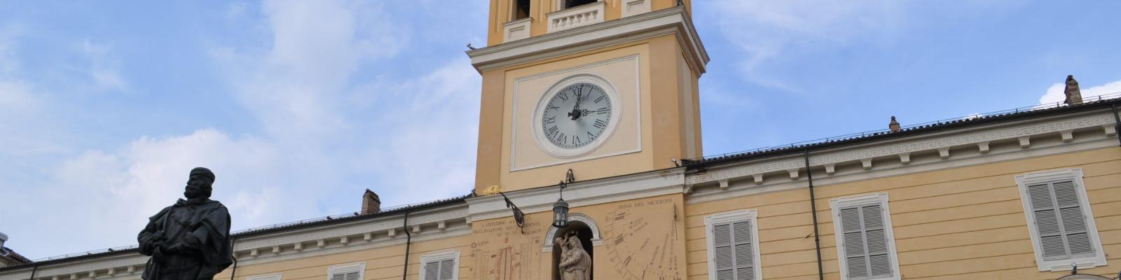 Garibaldi_e_il_Palazzo_del_Governatore_-_Parma-1920x480